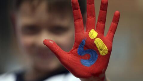 Pese a que el pacto de paz se firmó el lunes, los colombianos aún deben...