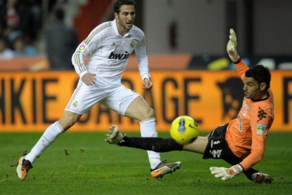 El 'pipita' Higuaín jugó de entrada pero se quedó con las ganas de marcar.