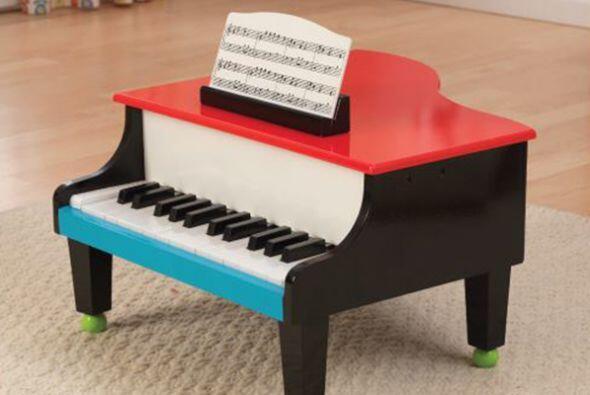Piano. Este hermoso instrumento le permitirá a tu hijo conectarse con el...