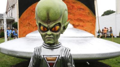 ¿Por qué los extraterrestres siempre son calvos?