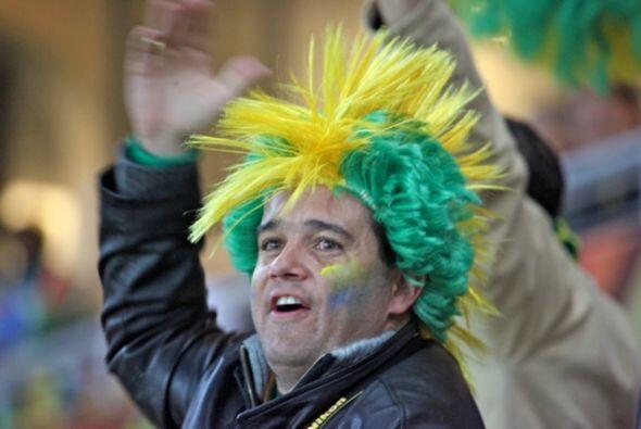 Y para los aficionados brasileños, la segunda victoria fue motivo de fie...