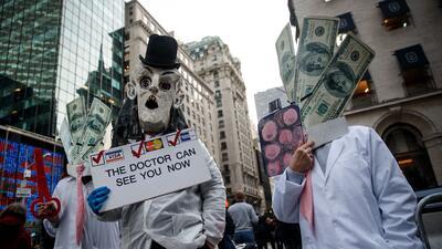 EEUU es el único país del mundo que no garantiza cuidados de salud a sus...