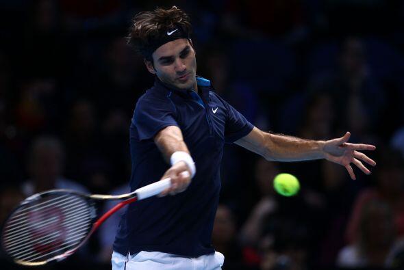 Tras ponerse 3-2 arriba en el primer set, Federer sacó una ventaja ampli...
