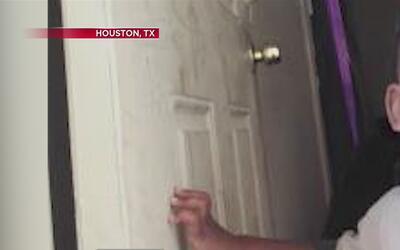 Cuatro menores en Texas pierden la vida al ser olvidados dentro de un ve...