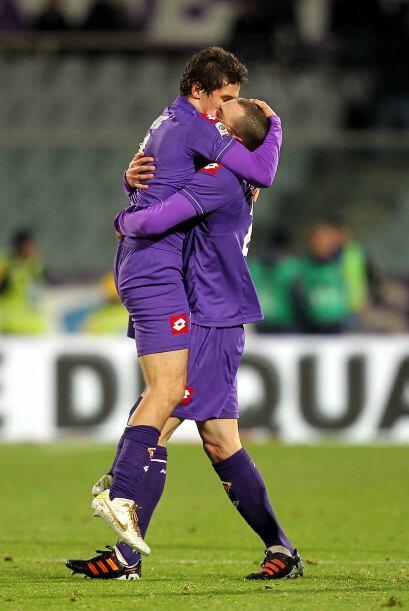 Los goles de los 'violetas' fueron por parte de Alberto Gilardino y Stev...
