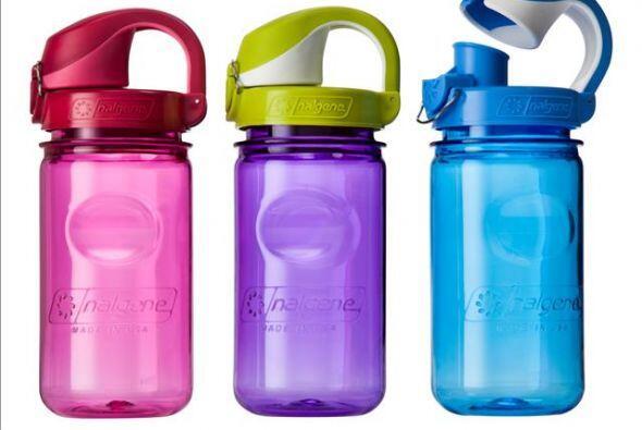 Para mantenerte hidratado durante el día escolar, las Nalgene de 12 onza...