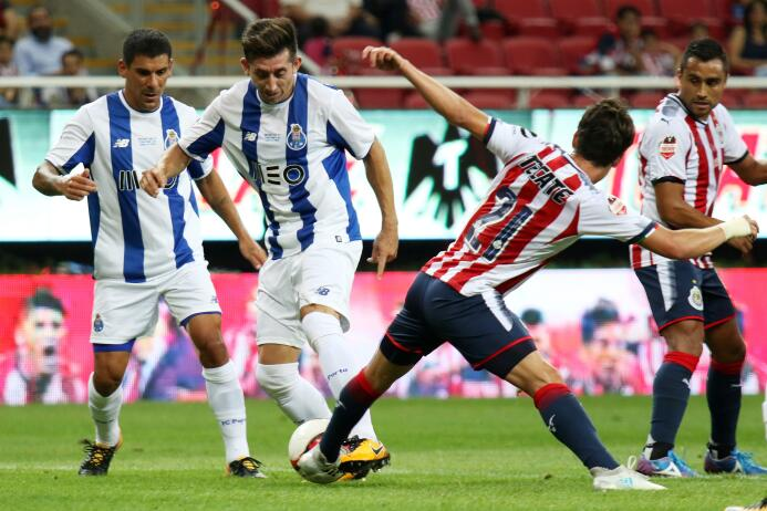 Chivas y Porto empatan con polémico final 20170719_4620.jpg