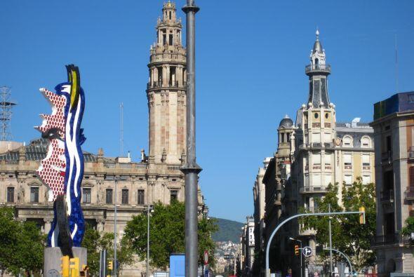 Imágenes de la visita de la periodista Lourdes del Río a Barcelona.