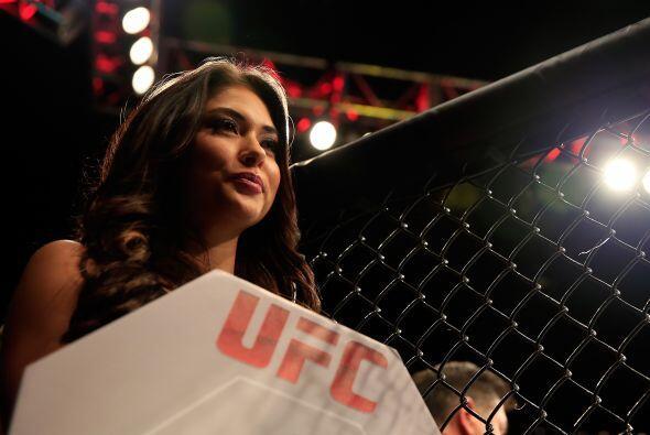 El salario más bajo de un novato de la UFC comienza en $8000, con la pos...