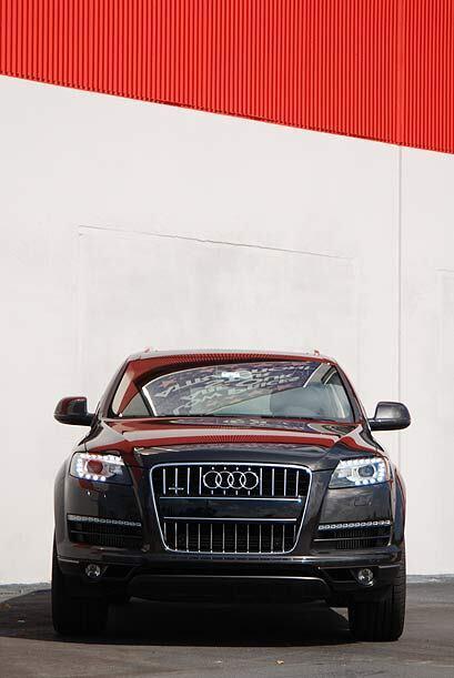 El frente tiene los detalles de ADN característicos de Audi.
