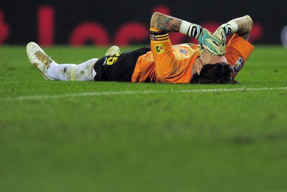 El portero Cristian Alvarez se lesionó en una acción desafortunada y sal...