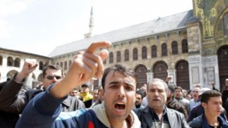 Las protestas, que se iniciaron en Deraa, donde desde el 18 de marzo se...