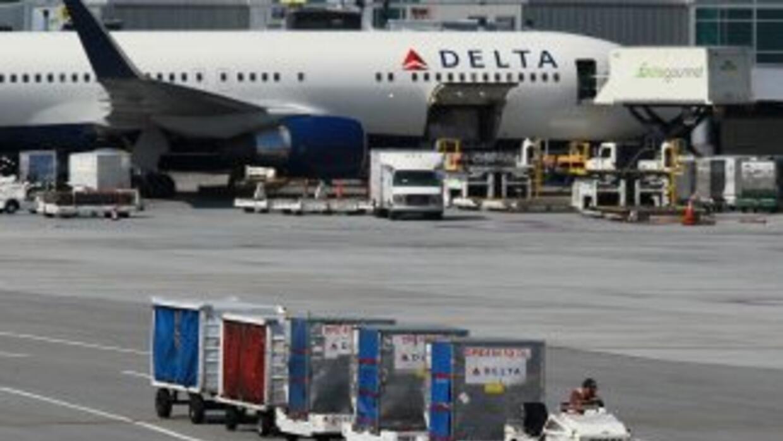La compañía Delta Airlines, con sede en Atlanta, anunció que en el prime...