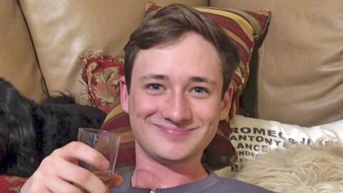 Blaze Bernstein, de 19 años, fue encontrado muerto a una semana d...