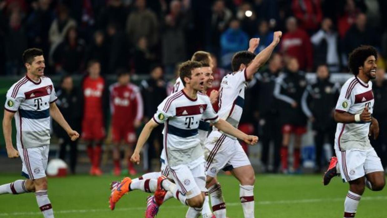 El club de Múnich no falló desde los once pasos y eliminó al Bayer Lever...
