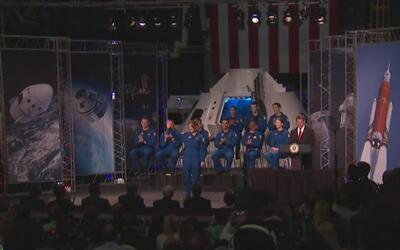 La NASA presentó a su nuevo grupo de astronautas para futuras misiones e...