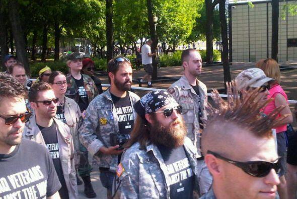 """Uno de los grupos que participa de la manifestación es """"Iraq Veterans Ag..."""