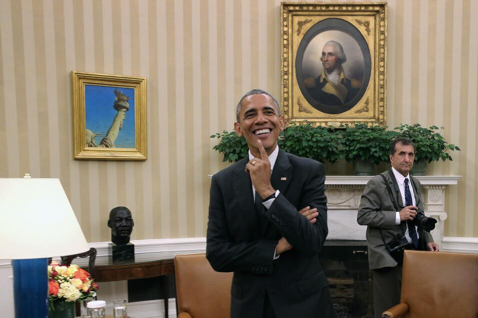 Pete Souza y Obama abridora