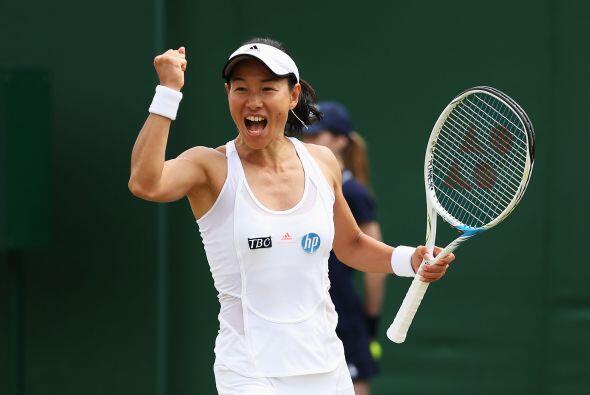 La japonesa Kimiko Date se convirtió, a sus 42 años y 271 días, en la mu...