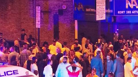 Autoridades investigan atropello en mezquita en Londres que dejó un muer...