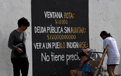 La deuda pública de Puerto Rico asciende a más de 70,000 m...