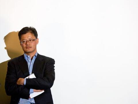 El cofundador de Yahoo!, Jerry Yang, decidió renunciar a todas su...