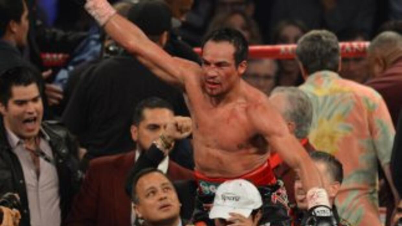 Márquez derrotó de manera impresionante a Pacquiao en el sexto round.