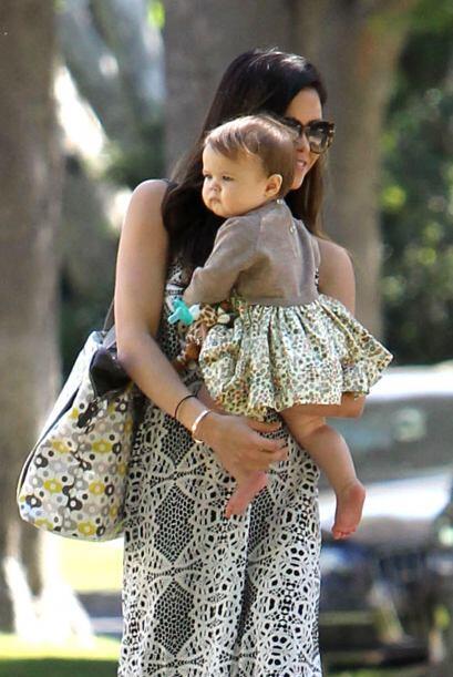 La nena está por cumplir 10 meses.  Mira aquí los videos más chismosos.