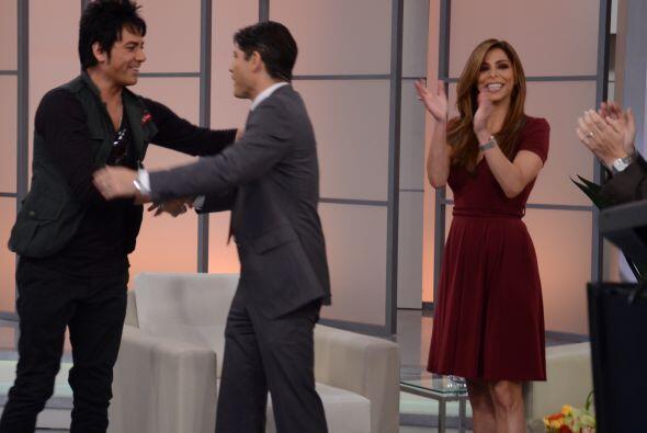 Poncho, Lourdes, Raúl y Karla le dieron una calurosa bienvenida al ex vo...