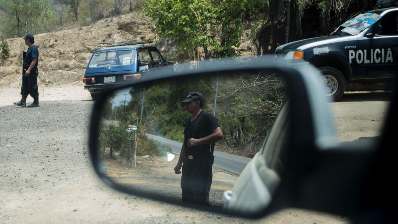Policías realizan un operativo en el estado de Guerrero, México.