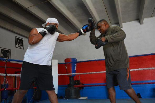 Odlanier Solís perdió contra Thompson el pasado marzo por decisión divid...