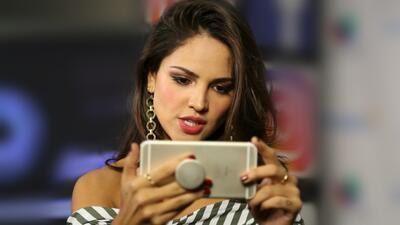 Eiza González se mantiene activa, a través de sus redes sociales, ofreci...