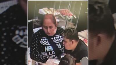 Cámaras captan el momento del robo a una joyería en Houston