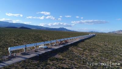 La ruta de prueba del Hyperloop One en Nevada mide 1,640 pies de largo.