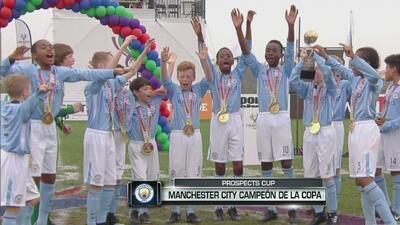 La tierna celebración de los niños del Manchester City, tras llevarse el título de la Prospects Cup 2017