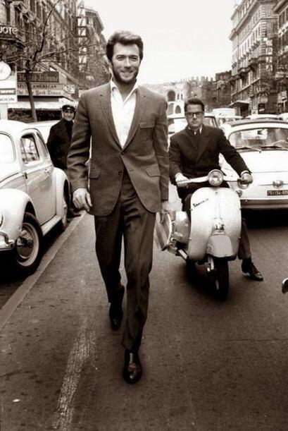 Clint Eastwood saltó a la fama internacional en los sesentas como un vaq...