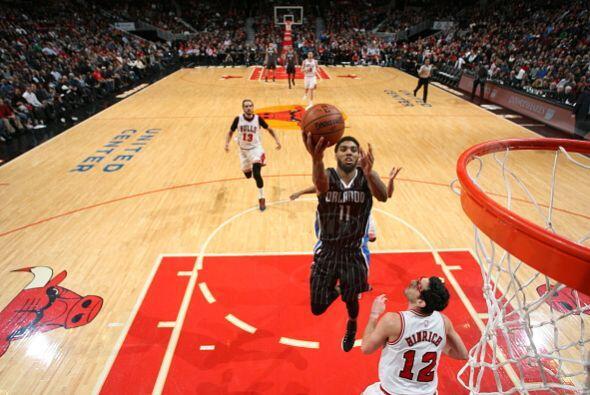 12 de Enero - Magic (14-27) ganan 121 - 114 a Bulls (26-13).