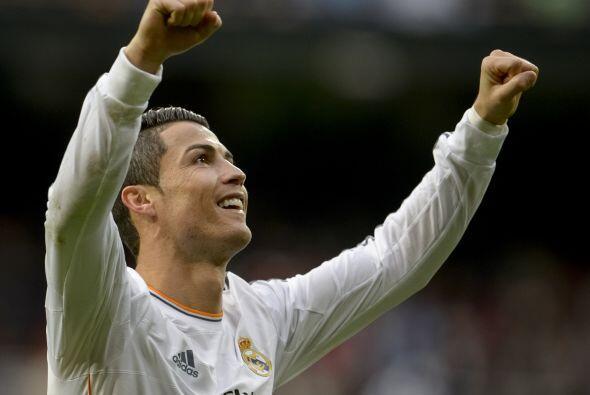 Pues en principio, Cristiano Ronaldo podría agradecer a Messi por sus pe...
