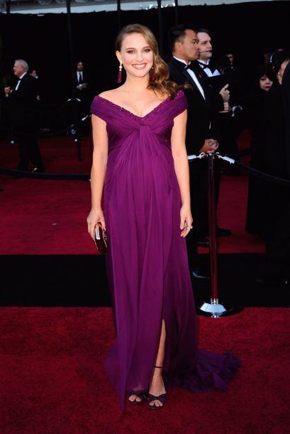Otra que nos sorprendió con su embarazo fue la actriz Natalie Por...