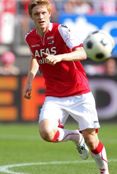 La mitad del campo inicia con el sueco Rasmus Elm.