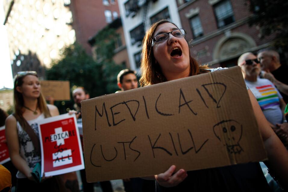 Republicanos se ven obligados a retrasar el voto sobre la ley de salud p...