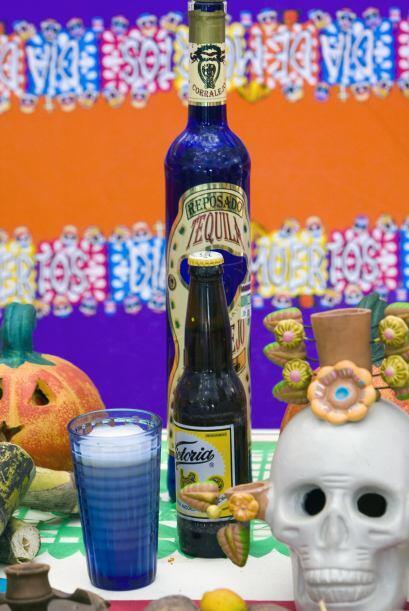 Los envases serán decorativos por sí misos pero si es una bebida casera...