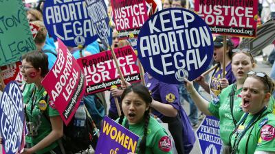 Activistas piden que aborto sea legal.