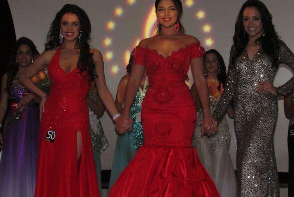 Jose y Roxy hicieron gala de todos sus conocimientos de belleza siendo l...