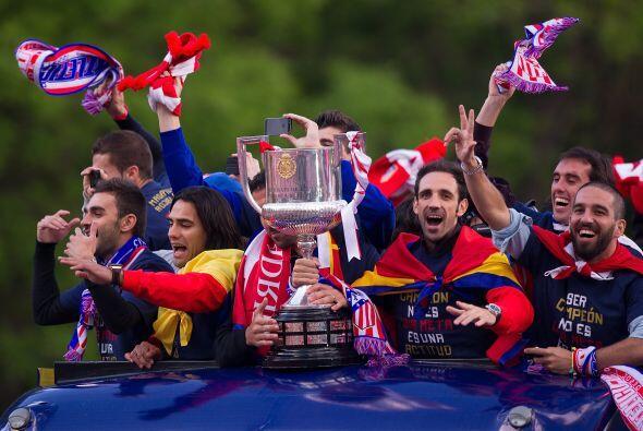 Unos 40.000 aficionados del Atlético de Madrid vibraron con la fi...