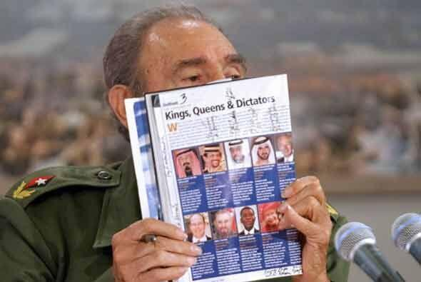 La revista Forbes declaró en marzo de 2005 que Castro tenía bienes y cue...