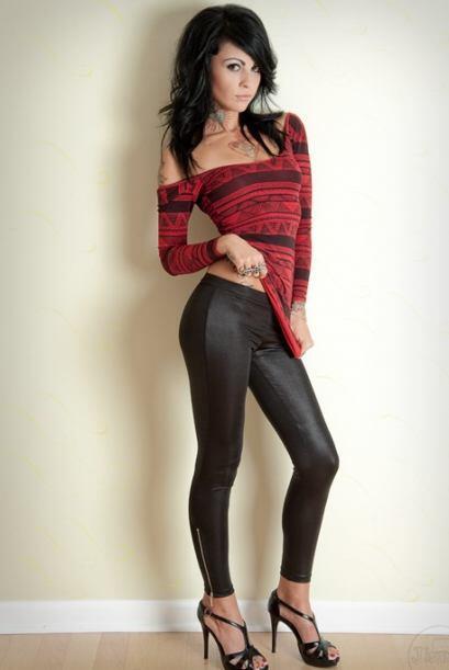 Zahra Schreiber, la bella Diva de la WWE, se encuentra en medio de un es...