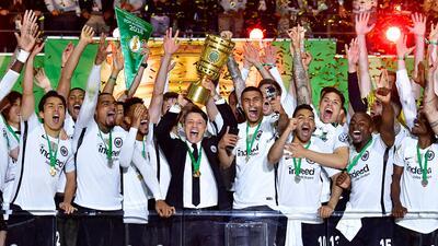 En fotos: mexicanos conquistan Alemania con Eintracht Frankfurt campeón de la Copa