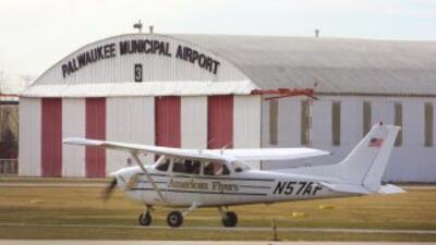 La avioneta que se estrelló en Glendora fue una Cessna 172 similar a esta.