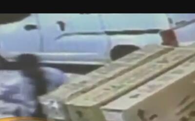 Revelan imágenes del robo de bicicletas valoradas en 4,000 dólares en Bu...